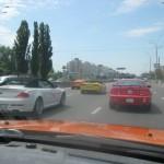 Mustang, Corvette на трассе