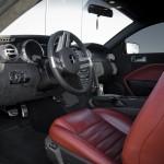 фото Mustang салон красный